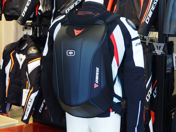 DAINESE D-MACH BACKPACK のご紹介